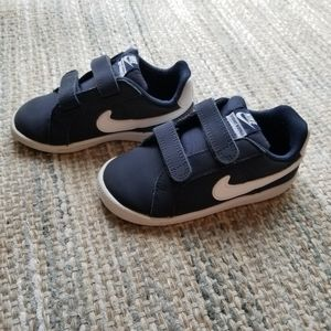 Nike Toddler Court Royale Sneakers